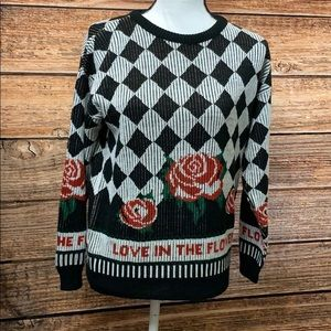 Sweaters - 🌻Vintage Rose Sweater
